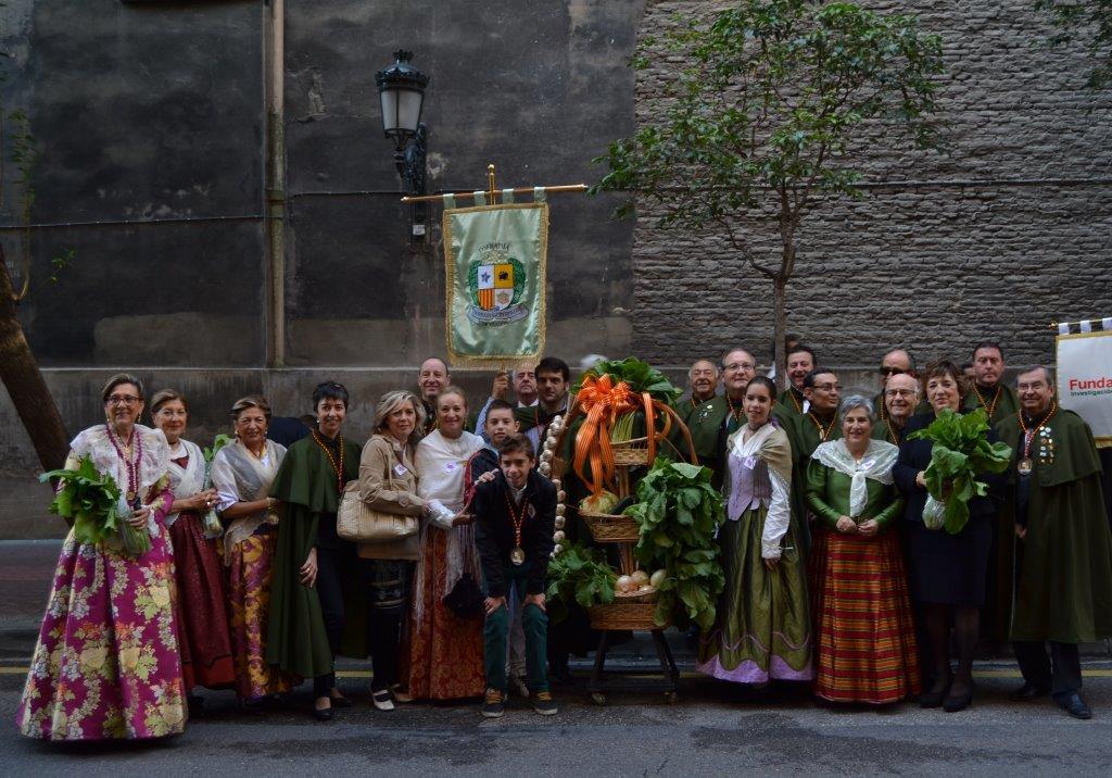 Primera participación ofrenda frutos Pilar 2013